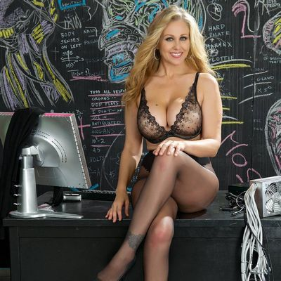 Women By Julia Ann free
